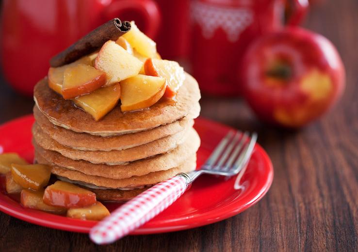 Pancake-mela-e-cannella